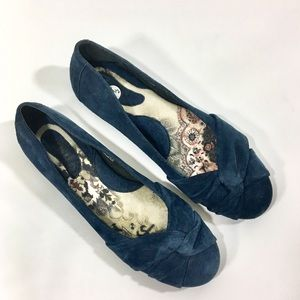 Born Suede Lilly Ballet Flats Twist Front Leather